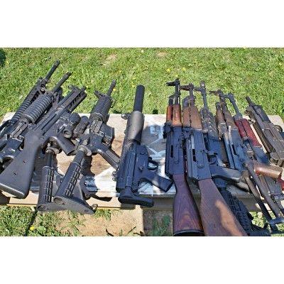 Volný výběr zbraní 7 zbraní 70 nábojů