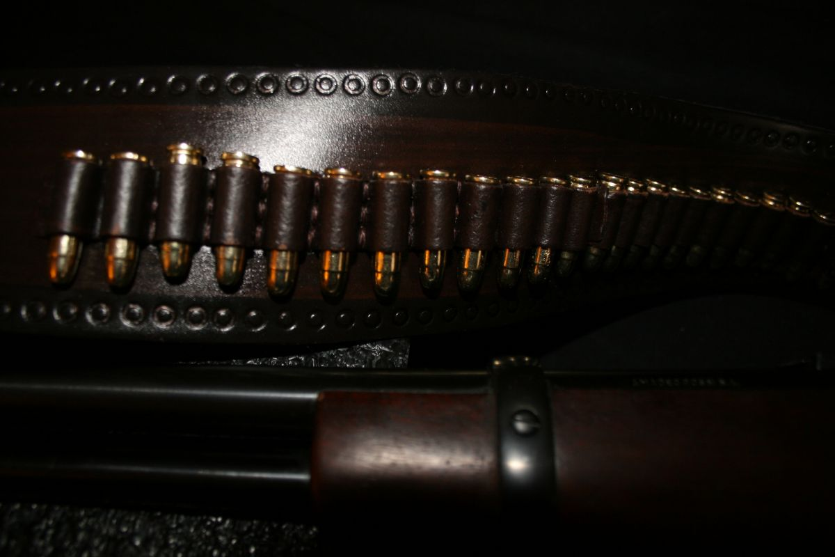 Volný výběr zbraní 8 zbraní 80 nábojů